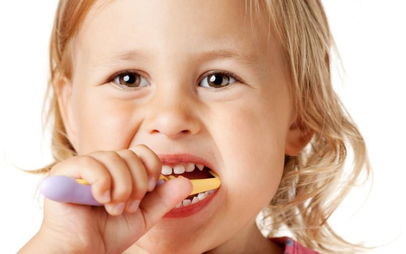 child brushing image