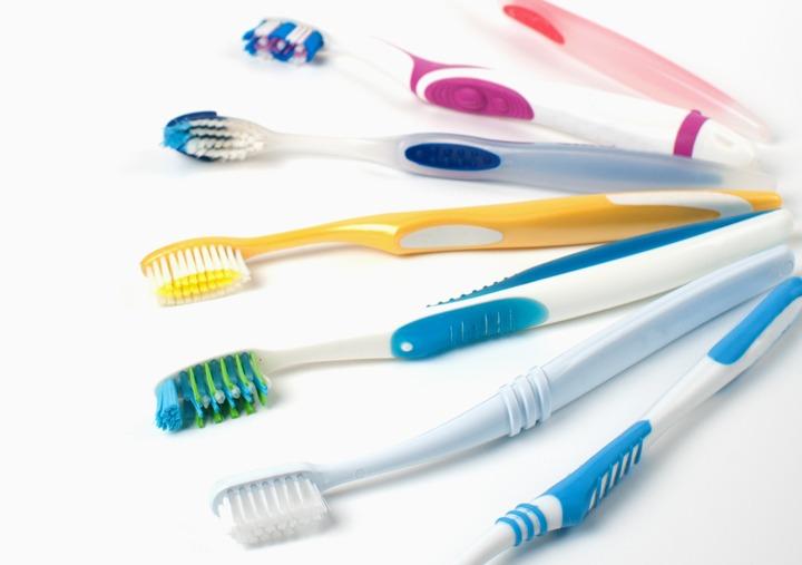brushes dr joy dental clinic dubai