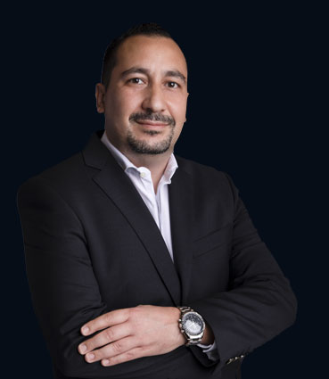 Dr. Omar Aldaoudi - Specialist Prosthodontist
